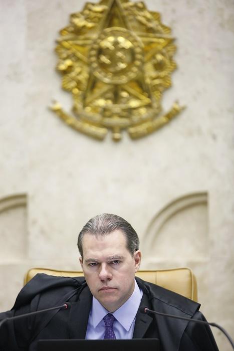 Aberto por Toffoli para apurar ameaças à Corte, o inquérito que investigas as milícias digitais foi o que motivou a demissão de Valeixo