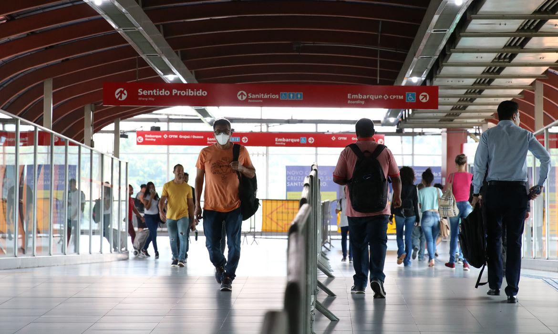 Estação Pinheiros do metrô em São Paulo, cidade com maiores índices de mortalidade por coronavírus