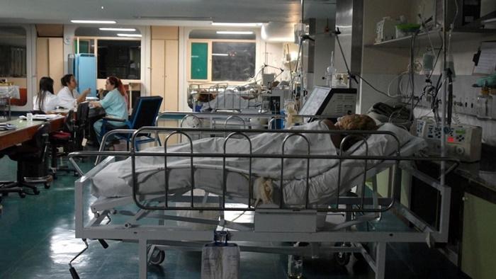 Sistemas de saúde estão no limite da lotação de leitos de UTI em regiões do país