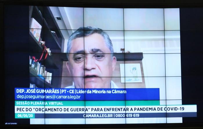 """""""Não vamos permitir que o governo Bolsonaro use a narrativa de que o Congresso atrapalha. Que nós não criamos as condições fiscais para que ele possa investir e gastar no combate ao Coronavírus, na defesa da vida"""", enfatizou José Guimarães (PT-CE)"""
