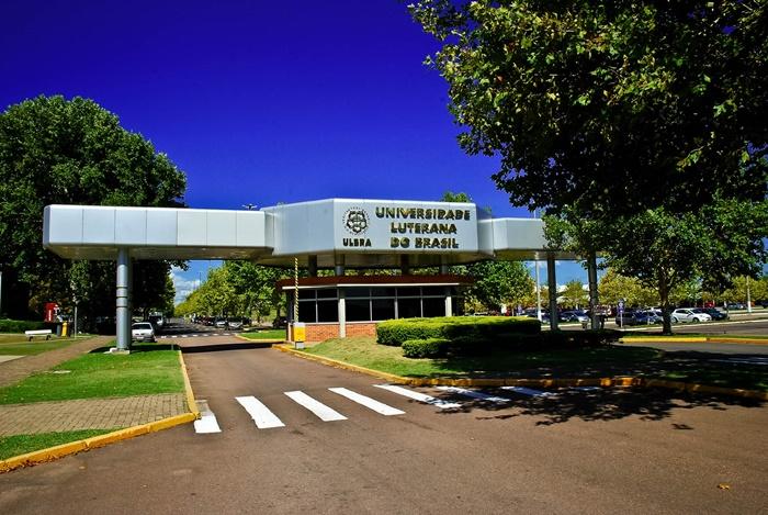 Entrada do campus Canoas da Ulbra, uma das instituições mantidas pela Aelbra, que está em processo de Recuperação Judicial