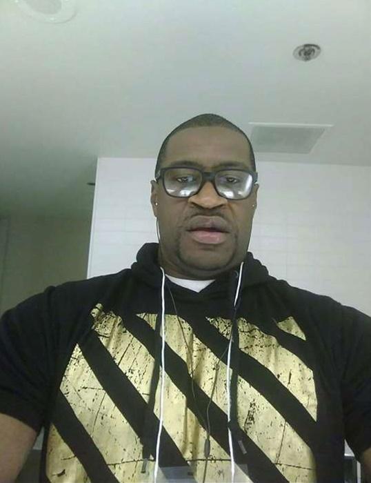 Floyd: execução sumária diante das câmeras de celulares