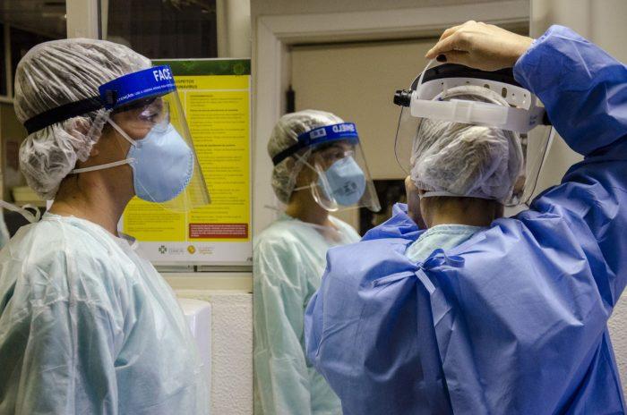 """""""A principal mudança no Hospital é ter fluxos dedicados para o atendimento de suspeitas de coronavírus. Para segurança dos profissionais e de todos os pacientes, tentamos sempre paralelizar, separar o atendimento dos suspeitos confirmados dos demais pacientes"""""""