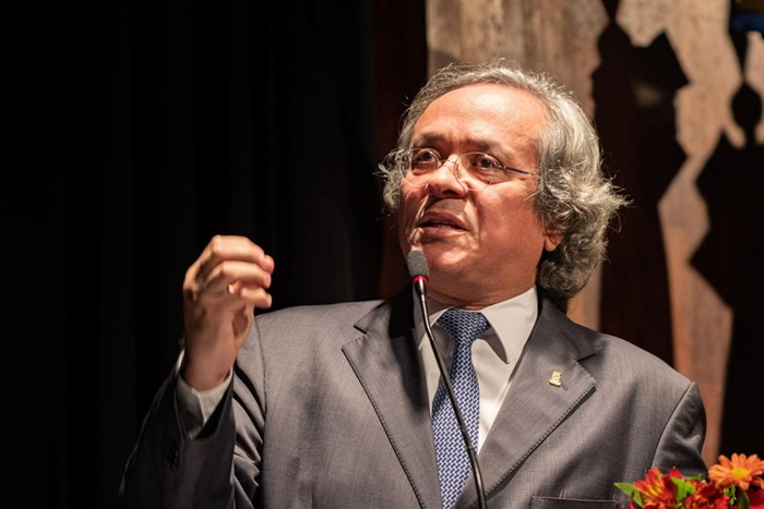 Salles, da Andifes: medida atenta de forma absurda contra a democracia e a autonomia das universidades