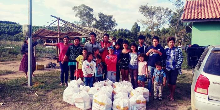 Cestas básicas, alimentos e EPIs estão chegando às comunidades e pessoas social e economicamente vulneráveis