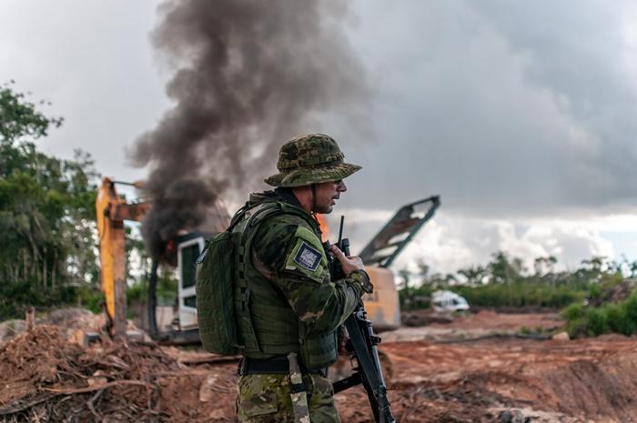 """""""O garimpo em terra indígena está crescendo porque os operadores receberam a mensagem explícita de que não terão mais a destruição de suas máquinas pelos agentes da lei"""""""