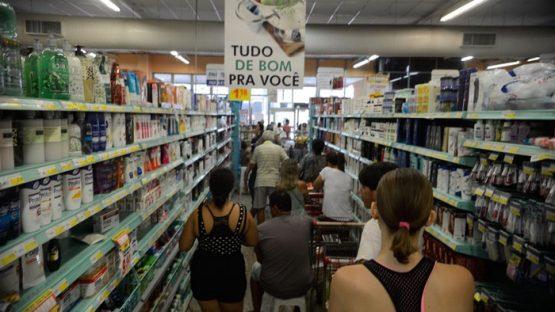 Supermercados faturam com a pandemia | Foto: Tânia Rêgo/ Agência Brasil