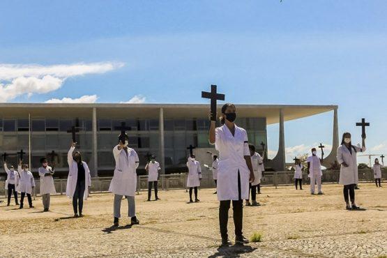 Senado aprova indenização a profissionais de Saúde incapacitados pela Covid-19 | Foto: Scarlett Rocha/ @midianinja