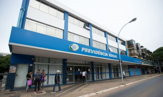 Governo amplia prazo do pagamento das antecipações do BPC e auxílio-doença para até 31 de outubro | Foto: Marcelo Camargo/Agência Brasil)