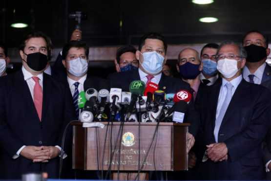 Reforma tributária de Guedes cobra mais da sociedade e facilita privatizações | Foto: Michel Jesus/Câmara dos Deputados