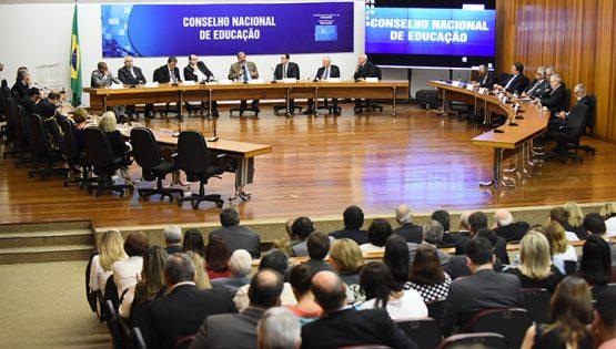 Bolsonaro nomeia olavistas para o CNE | Foto: MEC/Divulgação