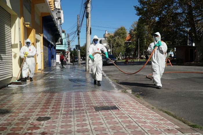 Cidade portuária registrou 51 novos contágios na sexta-feira e aumentou classificação de risco