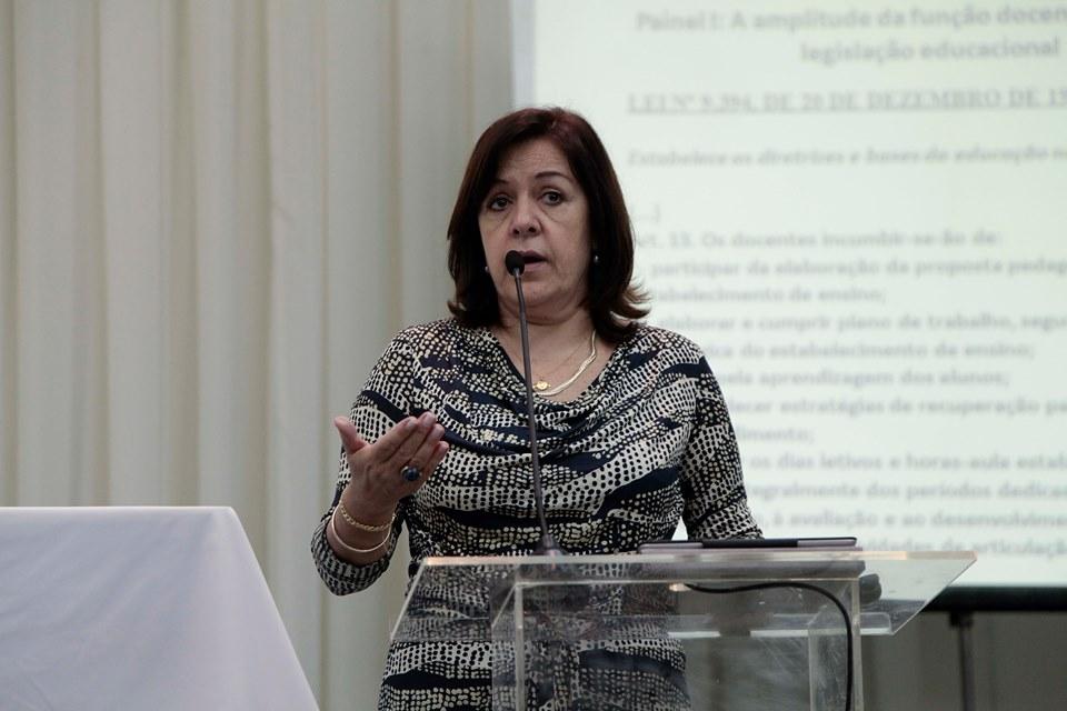 Para Cecília Farias, do Sinpro/RS o retorno depende de condições seguras