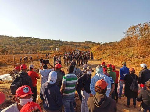 Após dois dias de cerco, sem-terras temem massacre | Foto: Ágatha Azevedo/ MST