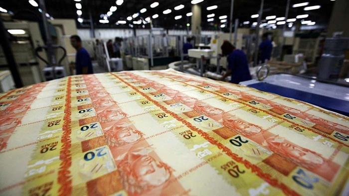 """Tesouro emite e entrega títulos da dívida pública ao BC sem contrapartida financeira, mas paga juros ao BC sobre esses títulos. Só essa parte da """"política monetária"""" custou, nos últimos 10 anos, R$ 2,79 trilhões ao país"""