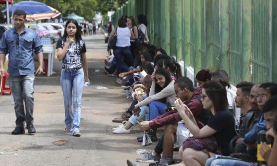 Impactos da pandemia na vida de jovens no Brasil | Foto: Valter Campanato/ Arquivo Agência Brasil