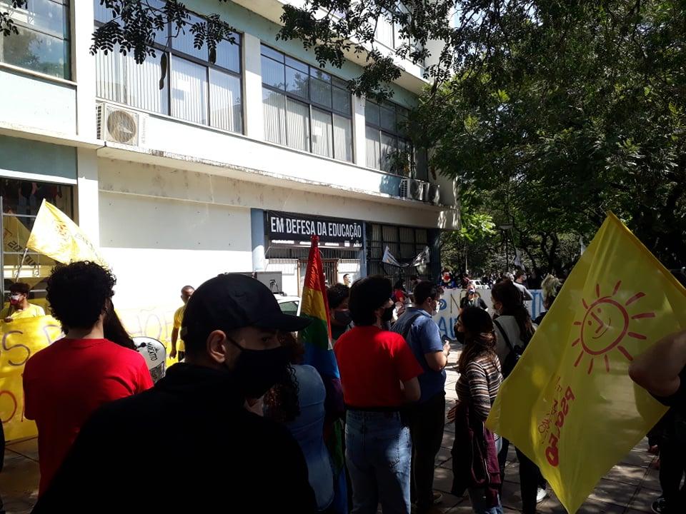 Estudantes protestam em frente à Reitoria (4)