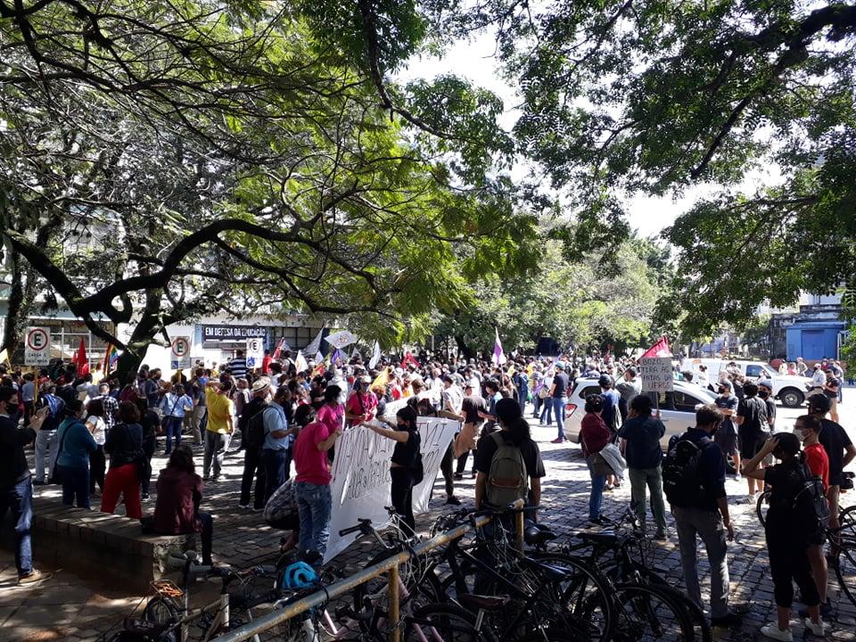 Estudantes protestam em frente à Reitoria (6)
