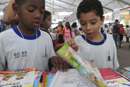 Estudantes sem internet e sem livros recursos existem | Foto: Elza Fiúza/Agência Brasil