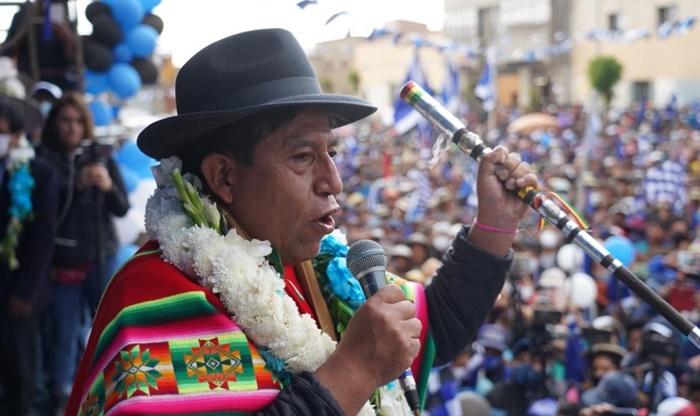 Vice-presidente: o líder indígena David Choquehuanca e representante dos cocaleiros