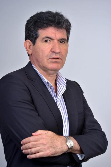 Governo deveria propor uma lei para regulamentar o teto constitucional, diz Queiroz, do Diap