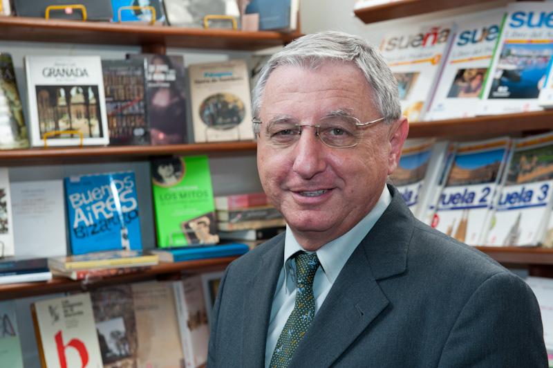 """O presidente da Associação Nacional das Livrarias (ANL), Bernardo Gurbanov, considera infeliz a fala do ministro da Economia. """"É quase como uma afronta"""", diz"""