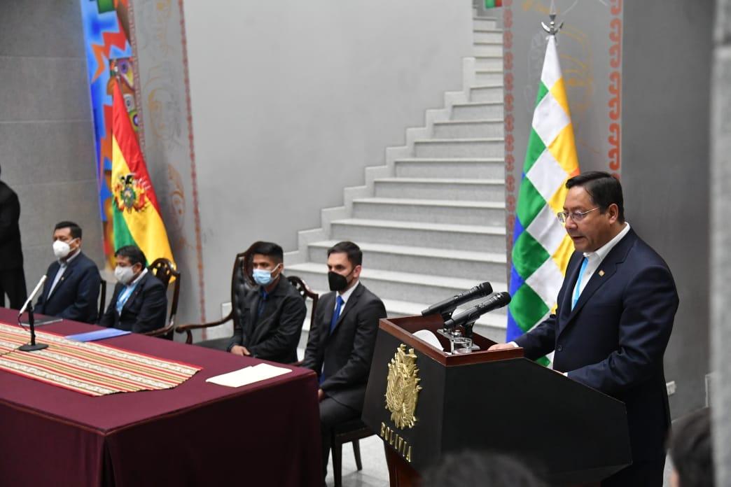 Bolívia tem imposto sobre grandes fortunas