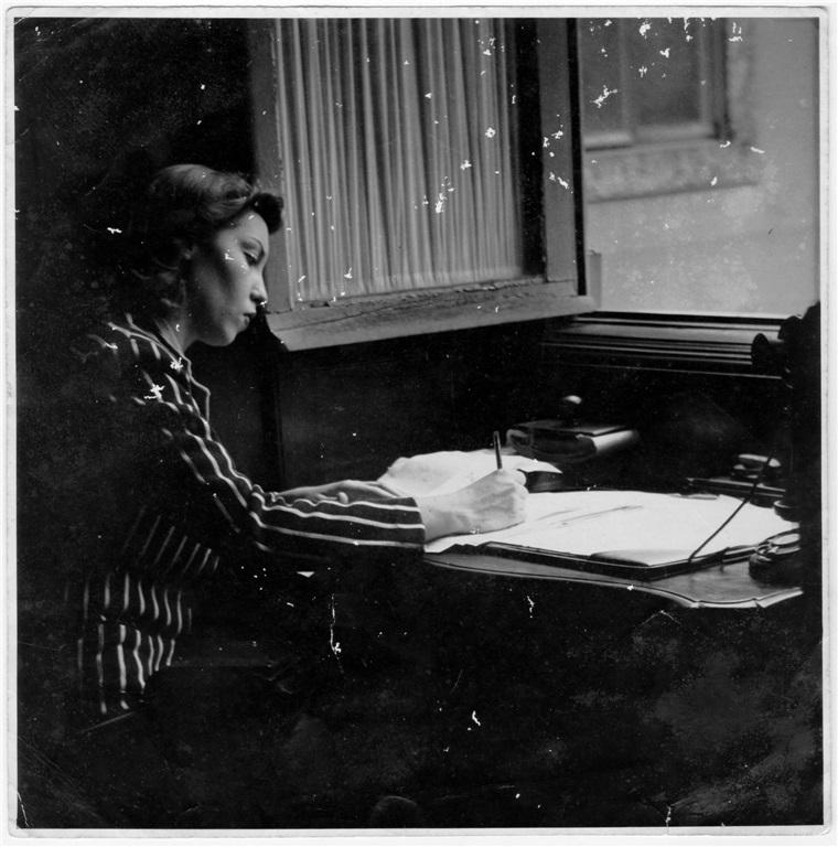 Nos anos 1940 foi comparada a Virginia Woolf, James Joyce, Marcel Proust e Jean-Paul Sartre. Ela ficava incomodada com esses paralelos.