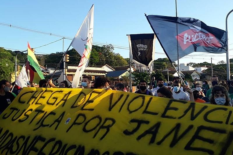 Nos protestos, população da Vila Cruzeiro pede justiça para Jane