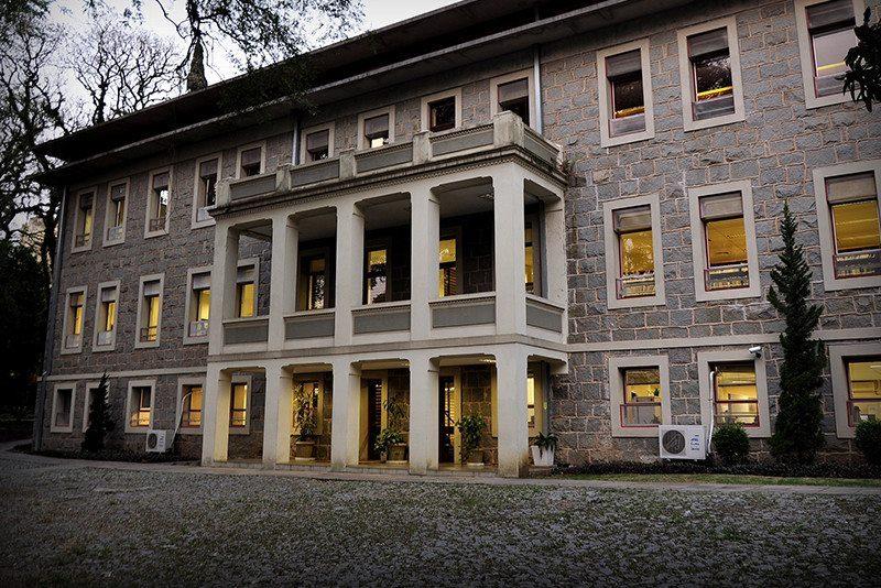 Professores aprovam acordo e retomam atividades no Centro Universitário Metodista IPA
