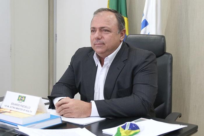 """Para a ABI, Pazuello incorreu em condutas """"omissivas"""" e """"comissivas"""", com ineficiência e incapacidade, agravando o quadro da epidemia de covid-19 no país"""