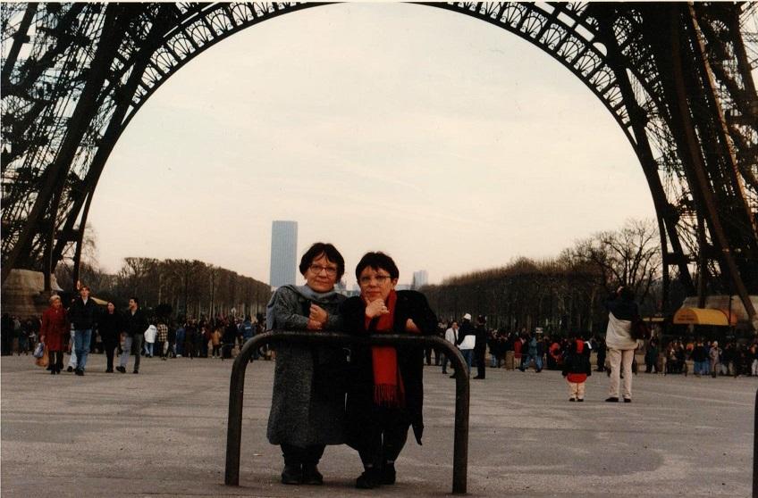 Marlene e Lelei em Paris, por conta do estágio final do doutorado de Marlene