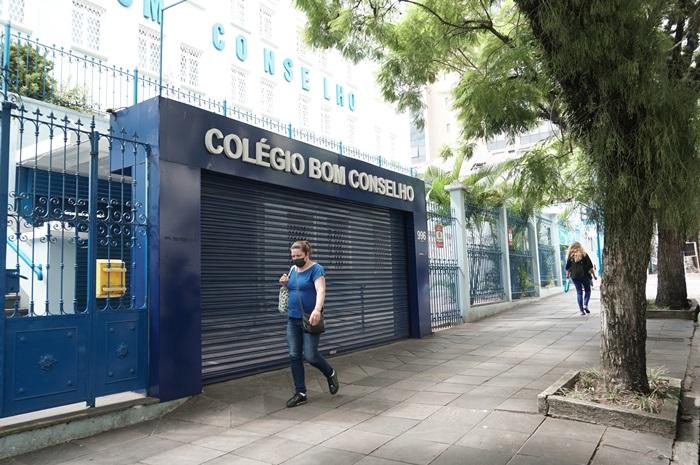 Iniciativa reitera o pedido de suspensão das atividades presenciais nas instituições de ensino privado do estado independente de eventual flexibilização de protocolos