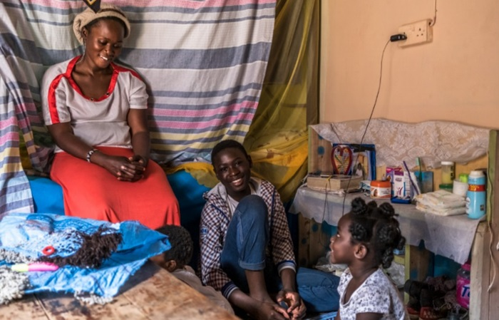 A pandemia dificultou a vida da empreendedora queniana Lucia Mildred, mãe de quatro crianças