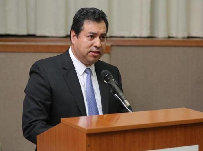 Farid Buitrago Sánchez, presidente do CRMDF, acha que o agredido na guerra da cloroquina é o governo que ele defende