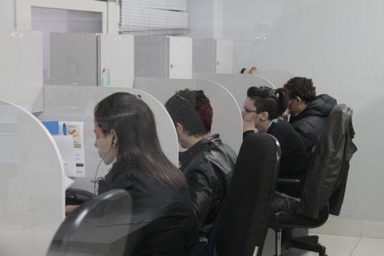 Invasão de privacidade na telefonia inferniza usuários | Foto: Igor Sperotto/Arquivo Extra Classe