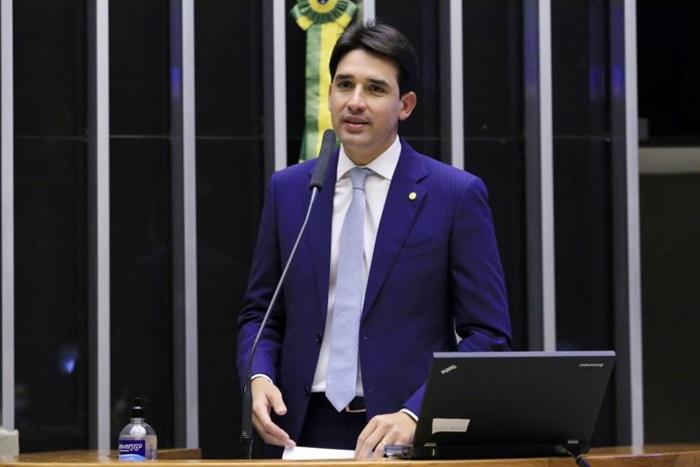 """Silvio Costa Filho: """"O projeto vai permitir ao capital estrangeiro lançar um novo olhar sobre o Brasil"""""""