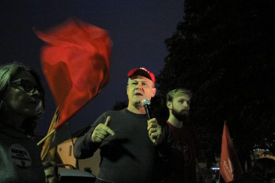 """Sem lockdown, corremos o risco de perder totalmente o controle da pandemia"", alerta Amarildo Cenci, presidente da CUT-RS"