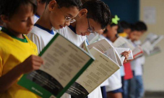 Aulas somente com segurança investimentos e vacina | Foto: Marcello Casal Jr/Abr