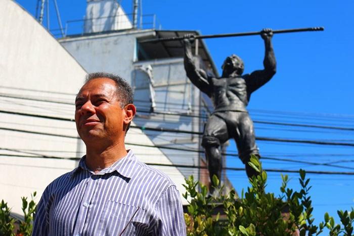 """""""Uma área dominada por milícias ao longo dos anos se torna um nicho eleitoral"""", pondera Alves, sociólogo da UFRJ"""