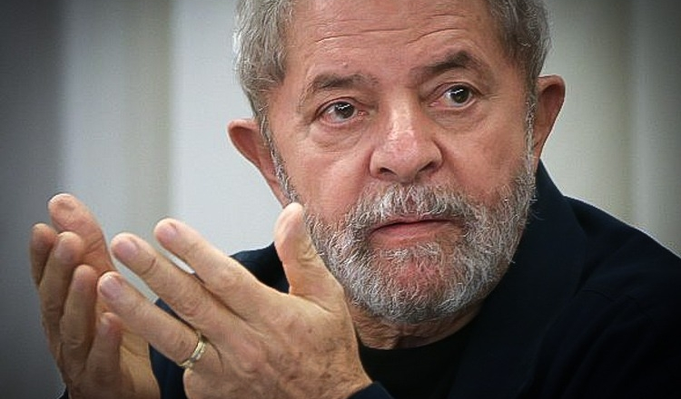 O ministro ordenou que os casos que envolvem Lula sejam reiniciados na Justiça Federal do Distrito Federal