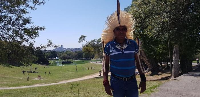 O cacique Rosivaldo Ferreira da Silva, uma das lideranças ameaçadas de morte na aldeia