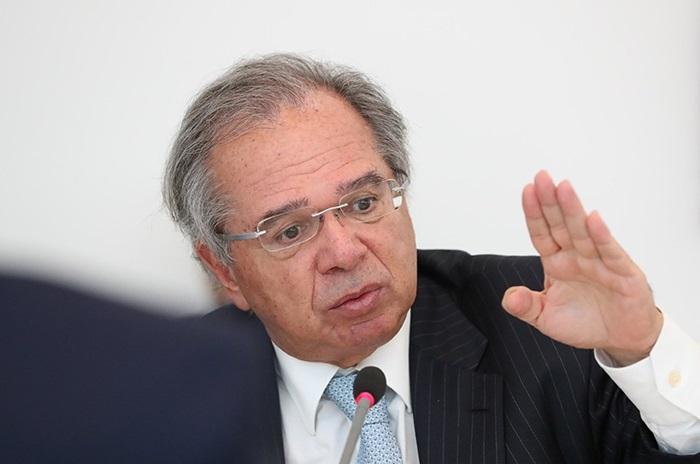 Paulo Guedes, da Economia, está entre os ministros de Bolsonaro que os senadores devem convocar para depor