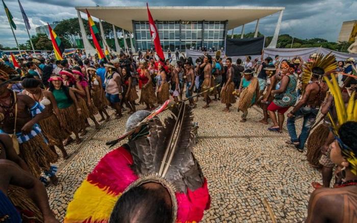 Reintegração de posse de terra indígena afronta decisão da Corte, que suspendeu todos os processos sobre a matéria
