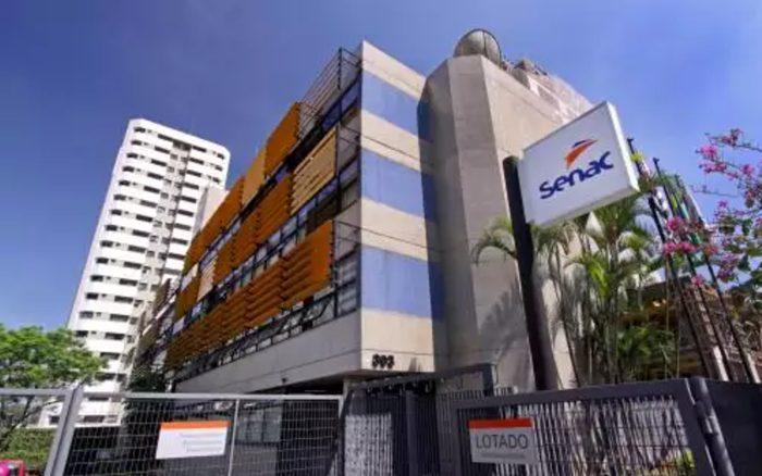 Gerente de pessoal da unidade do Senac SP confirmou que professoes são obrigados a assinar termo que isenta a instituição por eventuais contágios
