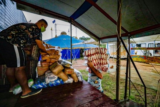 Cadastro de artistas para receber cesta básica tem recorde de inscritos em Porto Alegre | Foto: Alex Rocha/PMPA