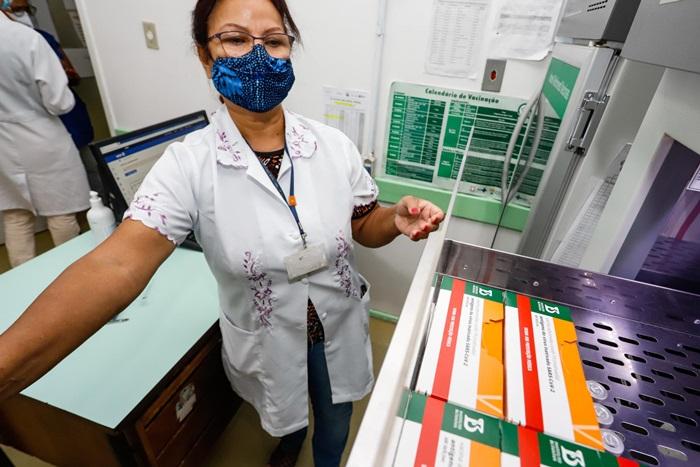 Núcleo de Imunizações da Vigilância em Saúde da SMS no bairro Camaquã, em Porto Alegre
