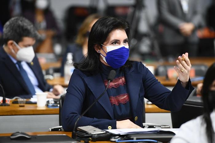 """""""O senhor veio aqui com um habeas corpus não para evitar se incriminar, mas para poder mentir sem medo"""", disse a senadora Simone Tebet ao ex-ministro"""