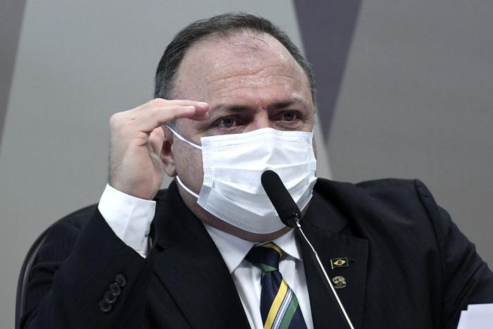 O ex-ministro buscou em suas respostas isentar Bolsonaro da responsabilidade pelo agravamento da pandemia