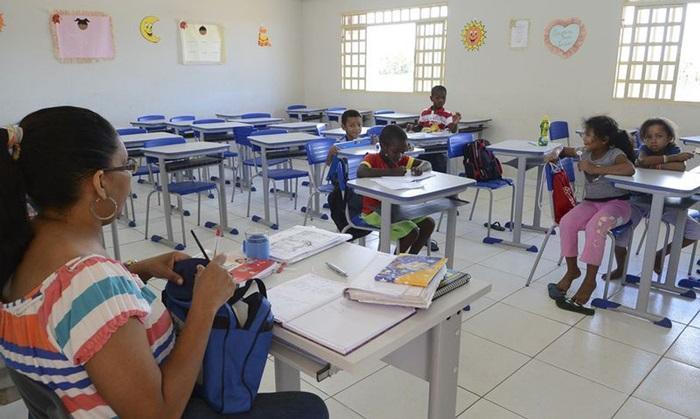 Entre os trabalhadores da educação, desligamentos por morte superam as outras categorias